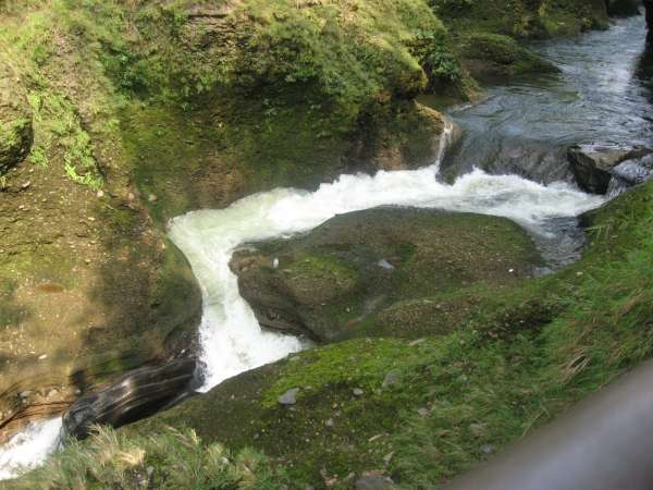 Water Rushing Through The Gaps - My Click My Pick