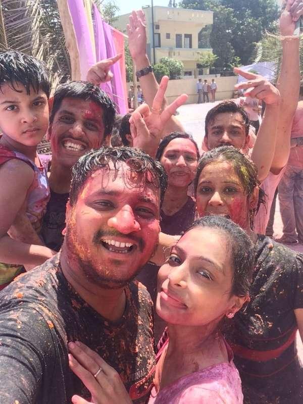 Holi Fun With Cousins - My Click My Pick